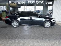 New Arrival! CarFax 1-Owner, This 2013 Lexus ES 350 4dr