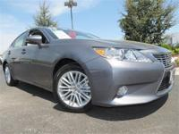 2013 Lexus ES350 !! One Owner, Low Mileage, Certified