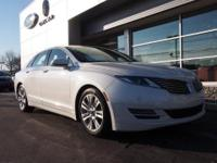* * 1.9% APR FINANCING AVAILABLE ON THIS LINCOLN