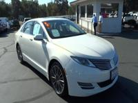 Step into the 2013 Lincoln MKZ! This attractive vehicle