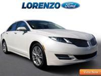 Options:  2013 Lincoln Mkz|White Platinum Metallic/|V4