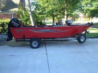 Beautiful red fishing boat w/ Front & Rear Aerated