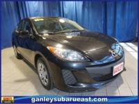 Clean carfax one owner 5 speed manual mazda 3! Very