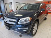 All Season 4WD!! LOW 68k MILES!! 7-Passenger Seating!!