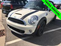 2013 MINI Cooper S Pepper WhiteCARFAX One-Owner.ABS