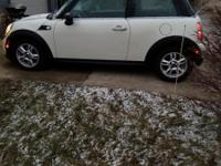 2013 Mini, Pepper White paint with Carbon Black
