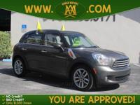 Options:  2013 Mini Cooper Countryman: The 2013 Mini