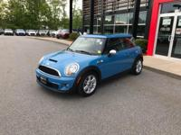 Excellent Condition, CARFAX 1-Owner. EPA 35 MPG Hwy/26