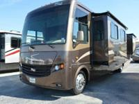 2013 Newmar 3911 Handicap Ready! Absolutely fresh 2013