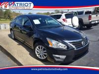 ONE OWNER!! NO ACCIDENTS!! 2013 Nissan Altima 2.5 S.