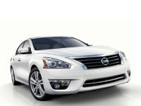 2013 Nissan Altima 2.5 White CVT with Xtronic. 27/38mpg