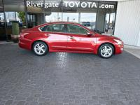 PREMIUM & KEY FEATURES ON THIS 2013 Nissan Altima