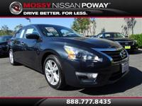 Back-Up Camera and Bluetooth. Altima 2.5 SV, Nissan