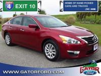 2013 Nissan Altima S 4 door sedan with 2.5L I4 Engine,