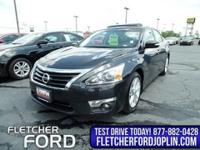 You're going to love the 2013 Nissan Altima! It offers
