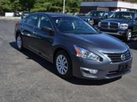 Very nice 2013 Nissan Altima 2.5 S. Clean inside and