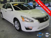 2013 Altima 2.5S ** ONLY 4,000 MILES!! ** Certified