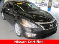 2013 ALTIMA 3.5 SV ** 31 MPG ** 2013 Altima SV features