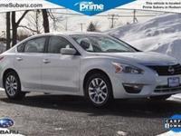 Exterior Color: pearl white, Body: Sedan, Fuel: