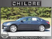 Like brand new inside and out! This 2013 Nissan Altima