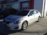 This 2013 Nissan Altima 4dr Sdn I4 2.5 S is offered