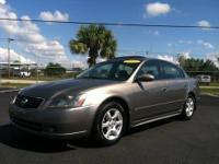 2013 NISSAN Altima Sedan Sedan Our Location is: