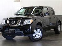 2013 Nissan Frontier 2WD Crew Cab SWB Auto SV Truck