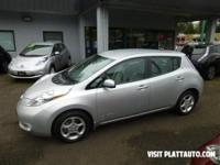Rare Nissan Leaf 2103 SV model with the LED/Quick