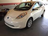2013 Nissan Leaf S ** 129 MPG city/ 102 hwy Equivalent