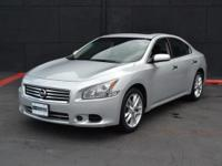 This 2013 Nissan Maxima 4dr 4dr Sedan 3.5 S features a