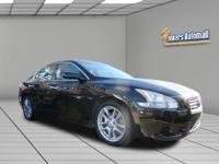 1 owner, clean carfax This Maxima is in mint condition