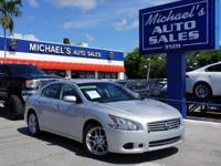 Options:  2013 Nissan Maxima 3.5 Sv|Silver|Silver