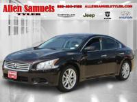 2013 Nissan Maxima 4dr Car 3.5 SV Our Location is: