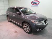 2013 Nissan Pathfinder ** PLATINUM Package ** Leather