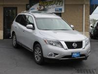 CLEAN, ONE-OWNER CARFAX!! FOUR WHEEL DRIVE, HEATED