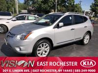 CARFAX One-Owner. Brilliant Silver Metallic 2013 Nissan