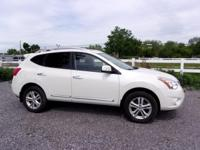 Nissan Rogue 2.5L I4 DOHC 16V 2013 SV Pearl White Clean