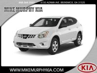 You'll love the look and feel of this 2013 Nissan Rogue