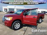 CLEAN CARFAX. 4WD, Alloy wheels, Electronic Stability