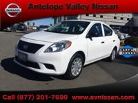2013 Nissan Versa 1.6 S FWD  New Tires, Dealer