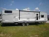 2013 Open Range Roamer 331 BHS Travel Trailer This Open