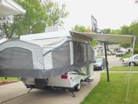 Like new 2013 Palomino Pop-Up camper with air