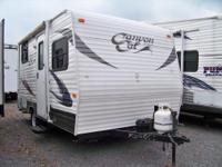 MAKE AN OFFER! 2013 Used Palomino Canyon Cat 15UD