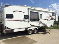 NEW PRICE 2013 5th Wheel Sabre by Forest River 32ft