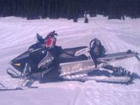 2013 Polaris 800 in Excellent Condition Black and White