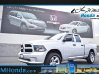 Delivers 19 Highway MPG and 13 City MPG! This Ram 1500