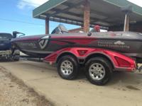 2013 Z520c for sale. Packed, 2 power poles, lowrance