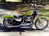 2013 Harley Davidson Sportster Seventy-Two- LIKE NEW-