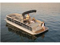 2013 South Bay 700 Series 728SLTT IO . This is a 2013