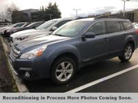 **AWD**, **LOCAL TRADE**, Auto-Dimming Rear View Mirror
